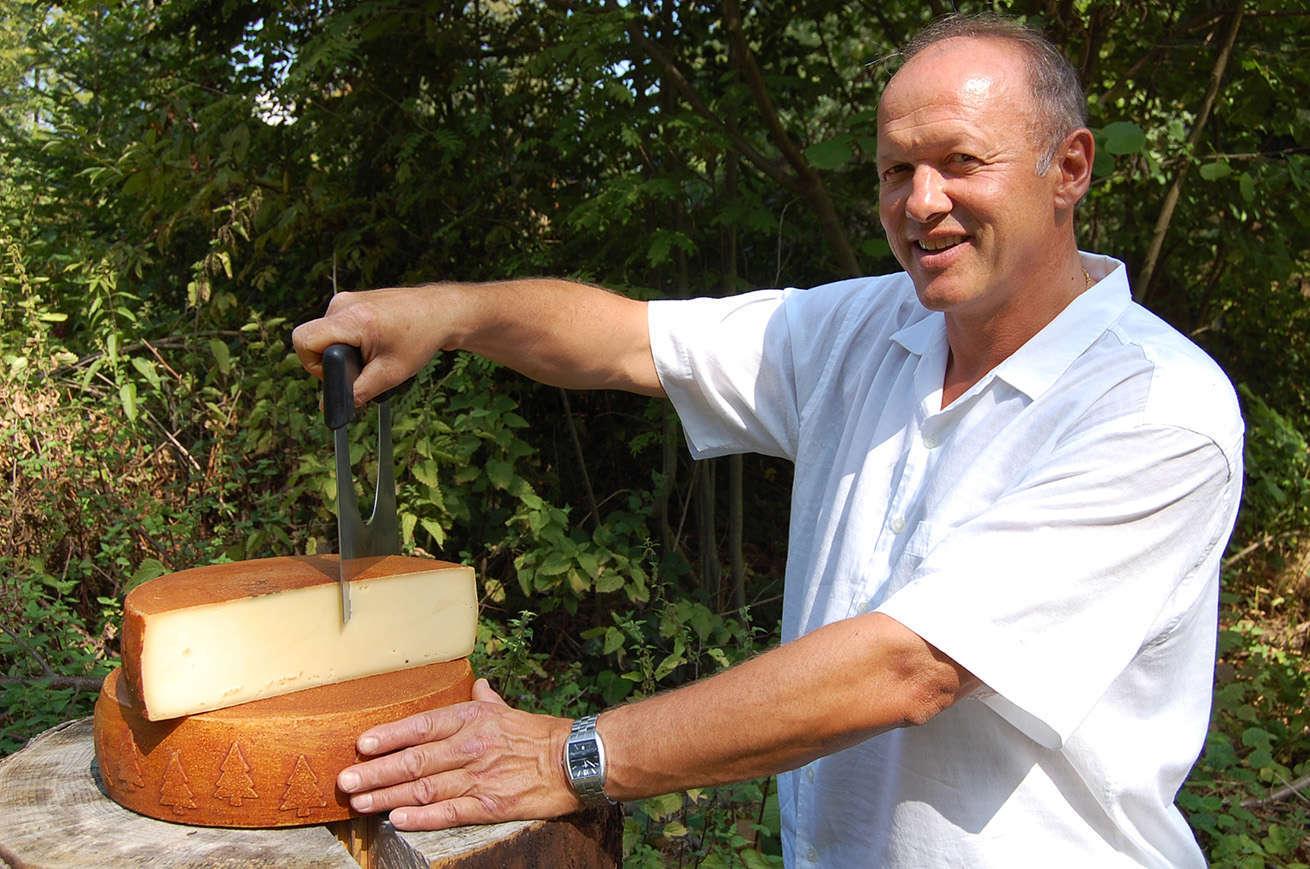 """Pierre-André Freymond, créateur du fromage le """"Brigand du Jorat"""""""